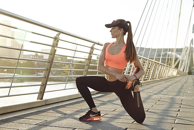 Celia Learmonth Fitness Shoot ©Gary Morrisroe